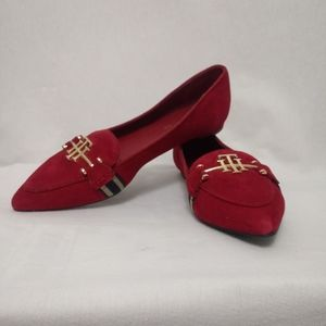 Tommy Hilfiger 6.5 Red Flats